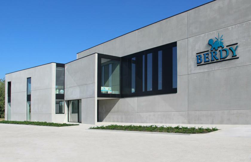 Bedrijfsgebouw Berdy in Menen